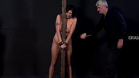 Two slaves receive harsh punishment