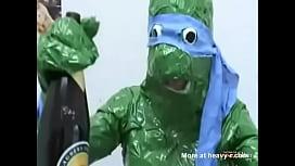 Tartarugas ninjas fudendo irm&atilde_o