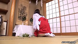 Solo poking her hairy cunt in her traditional kimono