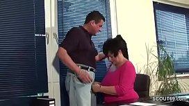 MILF m. wit Big Tits in Lingerie fuck in Office Work