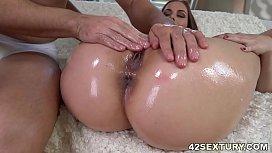 Antonia Sainz'_s oiled up booty banged deep