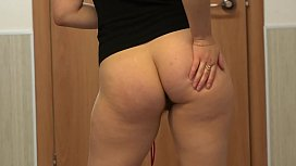 Girl with a hairy pussy jumping rope and masturbating her ass