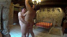 Suzisoumise'_s hanging pleasure
