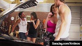 Thick Milf Sara Jay &amp_ GF Dava Foxx Suck &amp_ Milk 2 Hard Dicks!