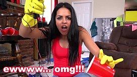 BANGBROS - Latin Housekeeper Vienna Black Accepts My Indecent Proposal
