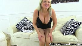 Busty and blonde milf Frankie Babe teases you in tights