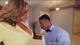 Stepmom Richelle Ryan seduces interracial cock