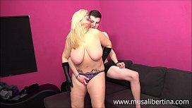Musa Libertina plays with young guy