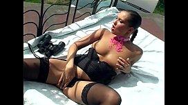 Exhibitionist in lingerie masturbates outdoors