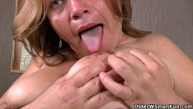 Latina milfs Allison and Veronica get turned on by new nylon