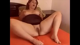 Sexy Amateur Chubby Mother Showing Her Large Boobs At MILFWebcamShow.com