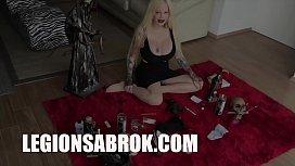 Sabrina Sabrok como hacer un vudu para alejar a los enemigos
