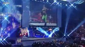 Melina vs Natalya Divas Championship match.