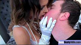 Sexy Busty Housewife (Jessica Jaymes) Realy Love Hardcore Intercorse movie-20