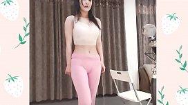 한국 소녀 낙타 발가락과 춤 공연, 좋은