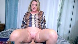 Stepson cums in stepmom to help get her pregnant (POV)