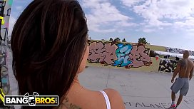 BANGBROS - PAWG Franceska Jaimes Gets ANAL In Public From Nacho Vidal