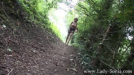 Lady Sonia Walk In The Country With An English Lady
