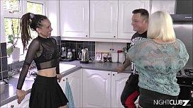 Rasta ebony and her older girlfriend share a dick