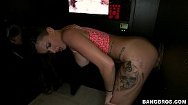 Porn poses in which the woman quickly cums
