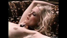 Vintage Lesbians From 1973 Lick Pussy