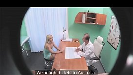 doctor records his patient  video complet https://ouo.io/rWxKBTp