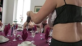 Free Version - My mother organizes sex parties, with friends and friends ...
