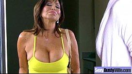 Mature Lady (tara holiday) With Big Juggs Enjoy Intercorse movie-26