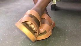 Juicy ebony toes &amp_ soles
