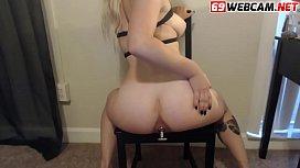 Chubby Ass Vibrated on a chair Webcam