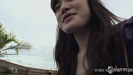 Hairy twat of an amateur Japanese girl gets banged