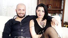 CASTING ALLA ITALIANA - Sesso violento per l'italiana Lady Muffin e un cazzone