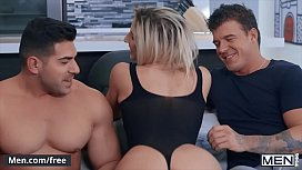 Two Big Guys Share A Twink For A Threesome - Men.com