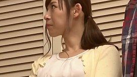 Japanese Wife Gets Fucked Behind Husbands Back [Full Movie: JavHeat.com/51AOe]