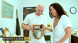 Big TITS in uniform - (Audrey Bitoni, Honey White, Johnny Sins) - Boston Cream - Brazzers