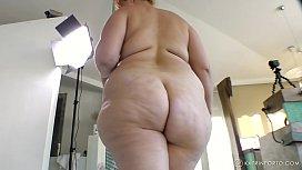 BBW mom with big ass, big boobs and hairy bush Katrin Porto is walking nude, jiggling and twerking