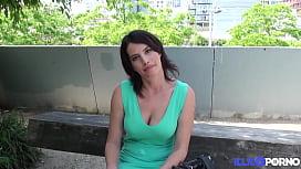 Regarder du porno lesbien en ligne
