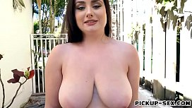 Czech babe gets pounded for some money