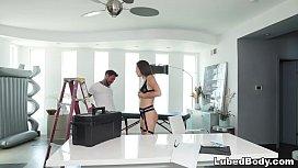 Handyman needs some massage - Abella Danger