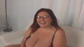 Redhead huge tits bbw