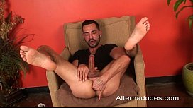 Hung skater shows off his big cock