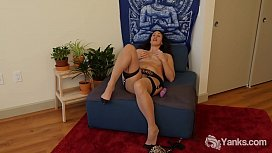 Yanks Letha Stuffs Her Pussy With Purple Vibes