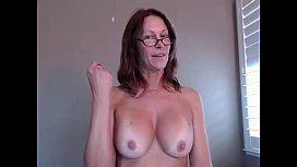 Sexy Milf Camgirl Jess Ryan Ass Shaking