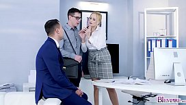 Instense bi threesome sex in the office from hot workers!