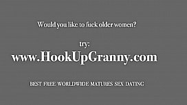 Beautiful granny love big didlo and masturbation