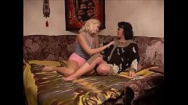 Moms and d. Hot Lesbians