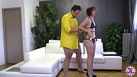 Gratuit famille russe prive porno mature couple
