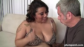 Big fat lady loves sucking grandpa and gives him a blowjob