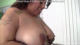Big fat lady loves sucking grandpa and gives him a blowjob