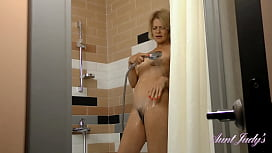 AuntJudys .. Mature FullBush Step-Auntie Dianna in the SHOWER